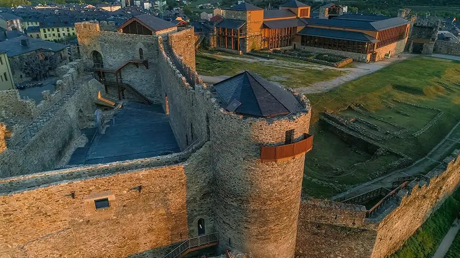 Inauguración del Castillo Viejo de Ponferrada