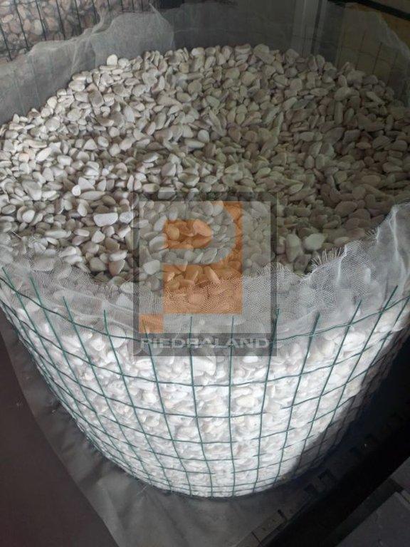 Bolos de mármol blancos paletizados